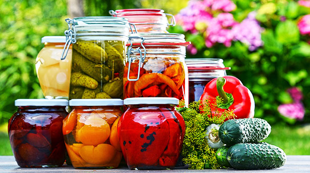 How to preserve your fruits and vegetables all year_marinating