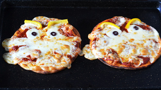 Scary mummified pizzas Halloween